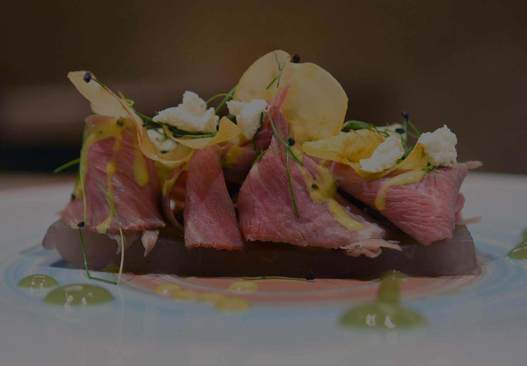 Plato de cocina creativa en Pamplona